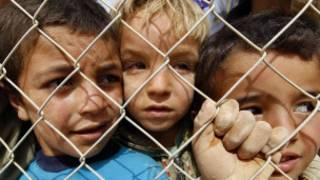 لاجئون أطفال بسبب الصراع في سوريا