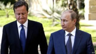 Thủ tướng Anh Cameron (trái) và Tổng thống Nga Putin