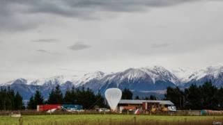 غوغل تقترب من تغطية جزء من الأرض بخدمات الإنترنت عبر البالونات