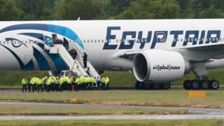 الطائرة المصرية في غلاسكو