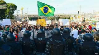 Protestos no Maracanã | Foto: AFP