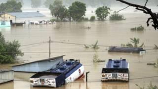 उत्तर भारत में बाढ़ का कहर
