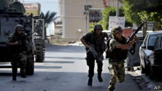 Lübnan ordusu ile İslamcı militanlar arasında çatışma çıktı