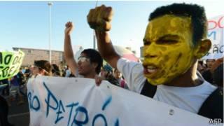 Manifestantes protestam em Brasilia, no dia 20 de junho de 2013