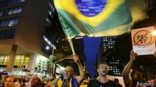 Protestos no Rio nesta segunda-feira (Reuters)