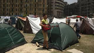 متظاهر في ميدان التحرير