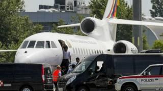 Máy bay của ông Evo Morales ở Vienna