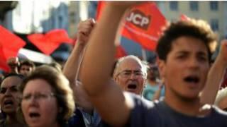 متظاهرون برتغاليون