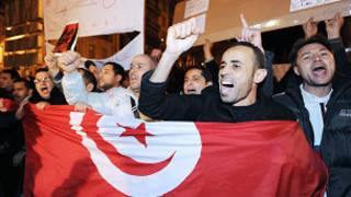 Des manifestants tunisiens