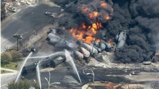 آتش سوزی در کانادا در قطار حمل سوخت