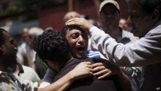 Demonstrasi berdarah di Kairo