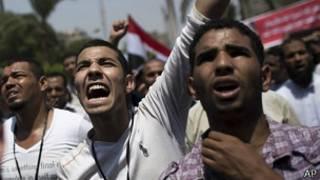 محتجون مؤيدون لمرسي