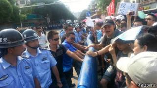 जियांगमेन में विरोध प्रदर्शन