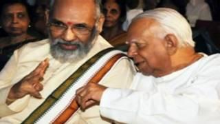 CV Wignewshwaran with R Sambandan