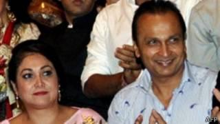 अनिल अंबानी को 22 अगस्त को बुलाया गया है जबकि टीना 23 अगस्त को अदालत में पेश होंगी.