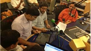 बीबीसी के दफ्तर में लाइव चैट के लिए आईं उमा भारती
