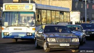 कजाकिस्तान में सार्वजनिक परिवहन, यातायात