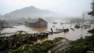 吉林樺甸遭水淹的民居(2013/08/16)