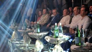 17 август куни Сочида Президент Назарбоев, Россия Президенти Владимир  Путин ва Бош вазир Дмитрий Медведев Шарқ якка кураши мусобақаларини бирга томоша қилдилар.