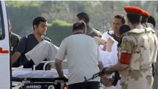 نقل مبارك إلى مقر إقامته الجبرية