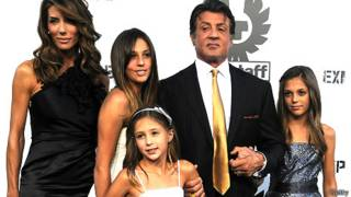 Sylvester Stallone cùng vợ con