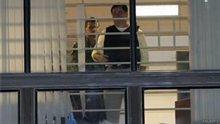 Roger Pinto Molina na embaixada brasileira em La Paz (arquivo/Reuters)