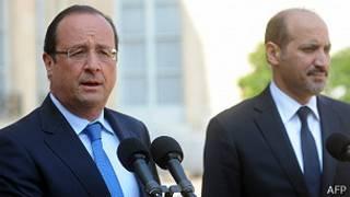 Presidente François Hollande e Ahmad Al-Assi Al-Jarba, líder da oposição síria
