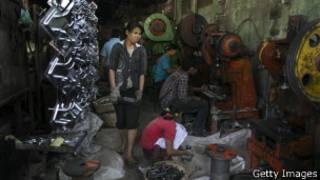 Burmese workers in Thailand