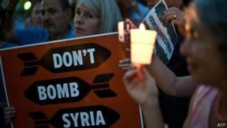 Protesta cerca del Congreso de EE.UU. contra una intervención en Siria