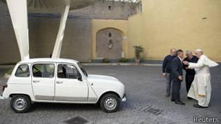 Renault 4 del papa Francisco