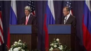 克里和拉夫罗夫在联合记者会上