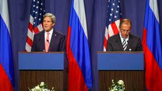 Secretario de estado EEUU John Kerry y el canciller ruso, Sergei Lavrov
