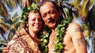 Ông bà Keihanaikukauakahihuliheekahaunaele trong ngày cưới