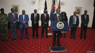 Президент Кениатта обращается к нации