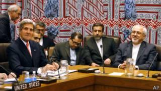 В ходе переговоров Джона Керри и Мохаммада Зарифа