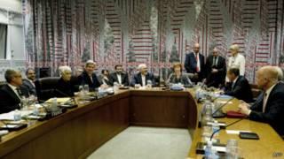Reunião sobre programa nuclear iraniano | Foto: AFP