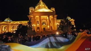 Protesta gay en Serbia