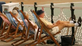 Kıyı beldesi Brighton'da emekliler