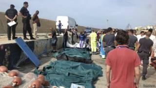 Cứu hộ con tàu tị nạn từ châu Phi bị đắm ở Ý