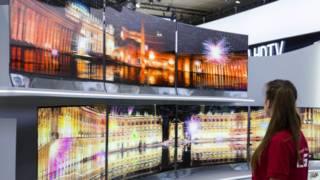 Телевизоры с изогнутыми экранами