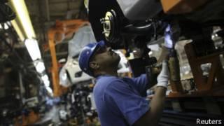 funcionário de uma fábrica da Ford em São Paulo | Reuters