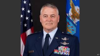 генерал Майкл Кэри