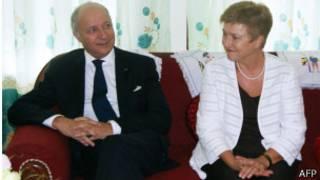 Le ministre français des Affaires étrangères Laurent Fabius était accompagné par la commissaire européenne à l'aide humanitaire