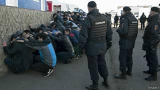 Задержание мигрантов на овощной базе в Бирюлеве