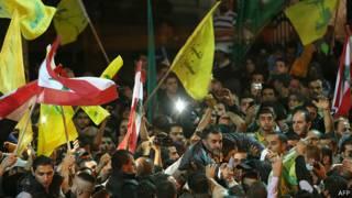 Встреча освобожденных паломников в Бейруте