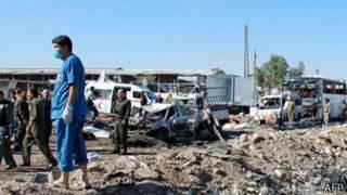 Нагруженный тонной взрывчатки грузовик сирийских повстанцев протаранил контрольно-пропускной пункт правительственных войск
