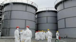 Водяные резервуары в Фукусиме