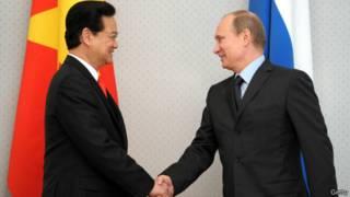 Thủ tướng Nguyễn Tấn Dũng gặp Tổng thống Putin tháng Năm 2013 tại Moscow
