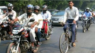 साइकिल, सड़क,कार, भारत