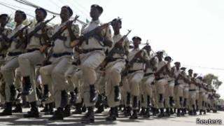 Abapolisi ba Somalia mw'ikarasisi